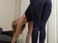 I ambiance so sexy in my tight outrageous yoga pants JOI