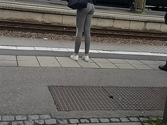 Well done Swedish teen ass back grasping leggings direct