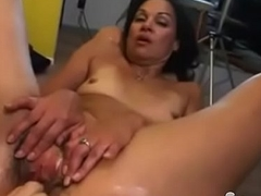 Bodybuilder Screwing Fast Hairy Brunette GILF Sage